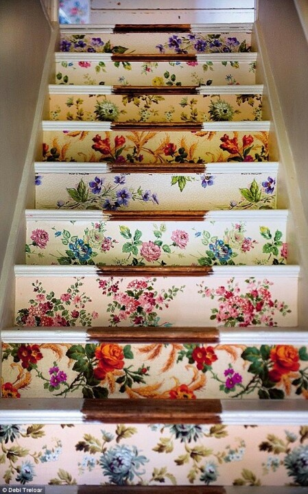Ideas-On-DIY-Stair-Projects-16