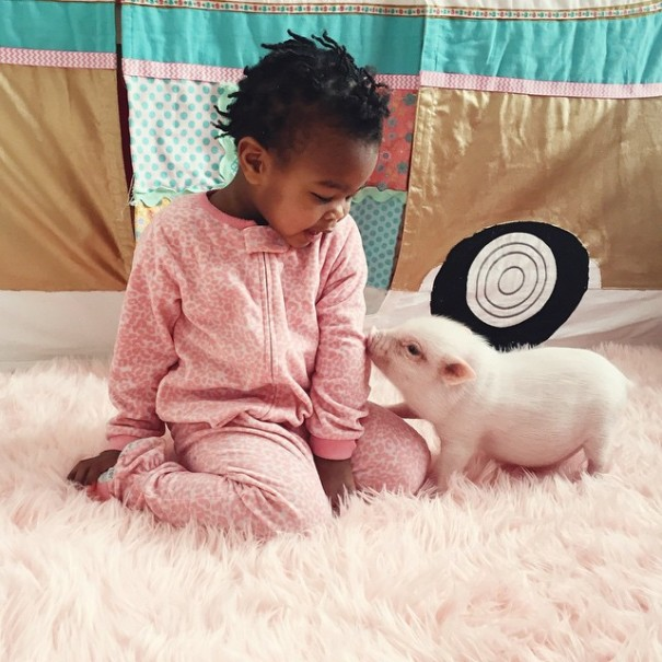 little-girl-piglet-friendship-libby-and-pearl-4-605x605