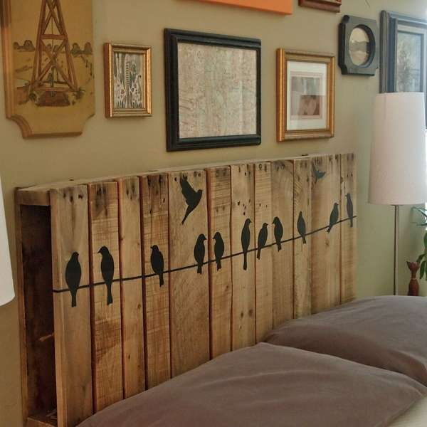 21-Outrageously-Smart-Recycled-Pallet-Crafts-That-You-Should-Try-homesthetics-decor-15