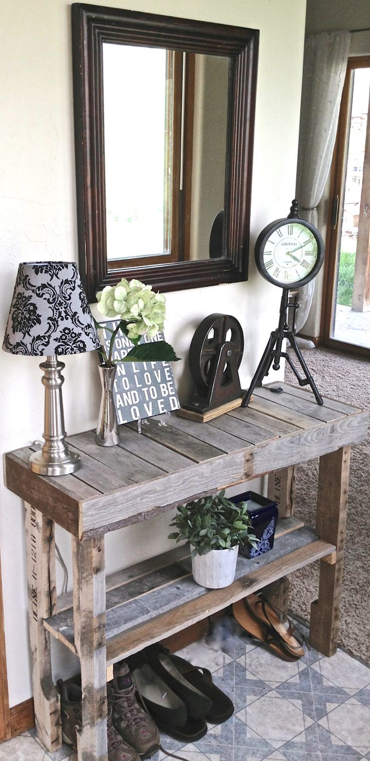 21-Outrageously-Smart-Recycled-Pallet-Crafts-That-You-Should-Try-homesthetics-decor-9