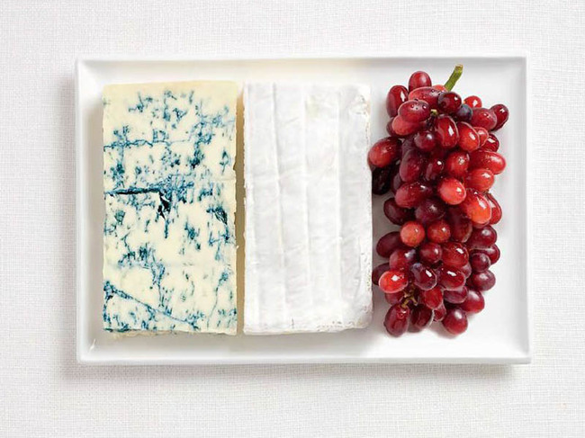 Blue cheese, brie, and grapes.