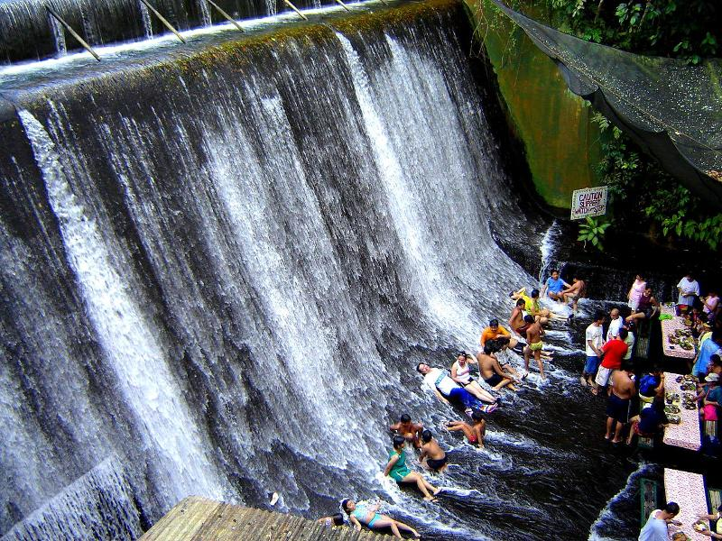 Waterfalls-Restaurant-Philippines-2
