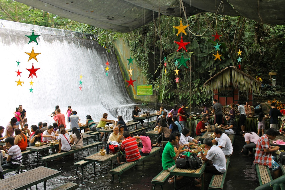 Waterfalls-Restaurant-Philippines-5