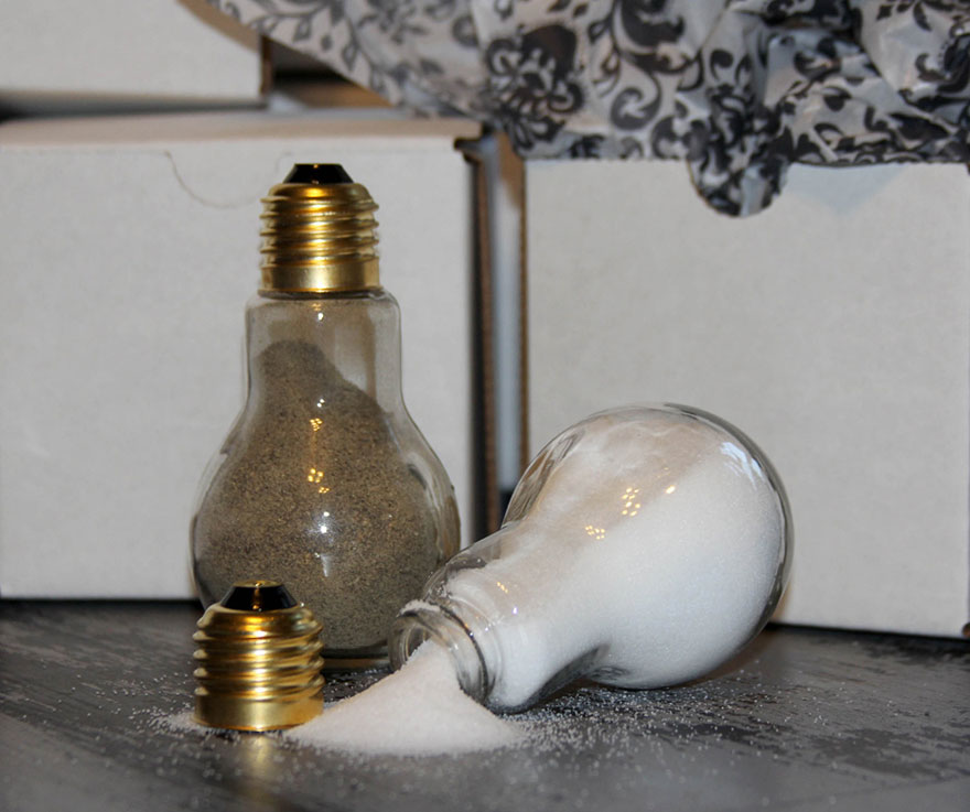 ideas-for-recycling-light-bulbs-15__880