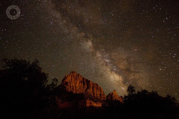 Top-10-Zion-Stargazing-Photo-by-Light-Finds-740x493