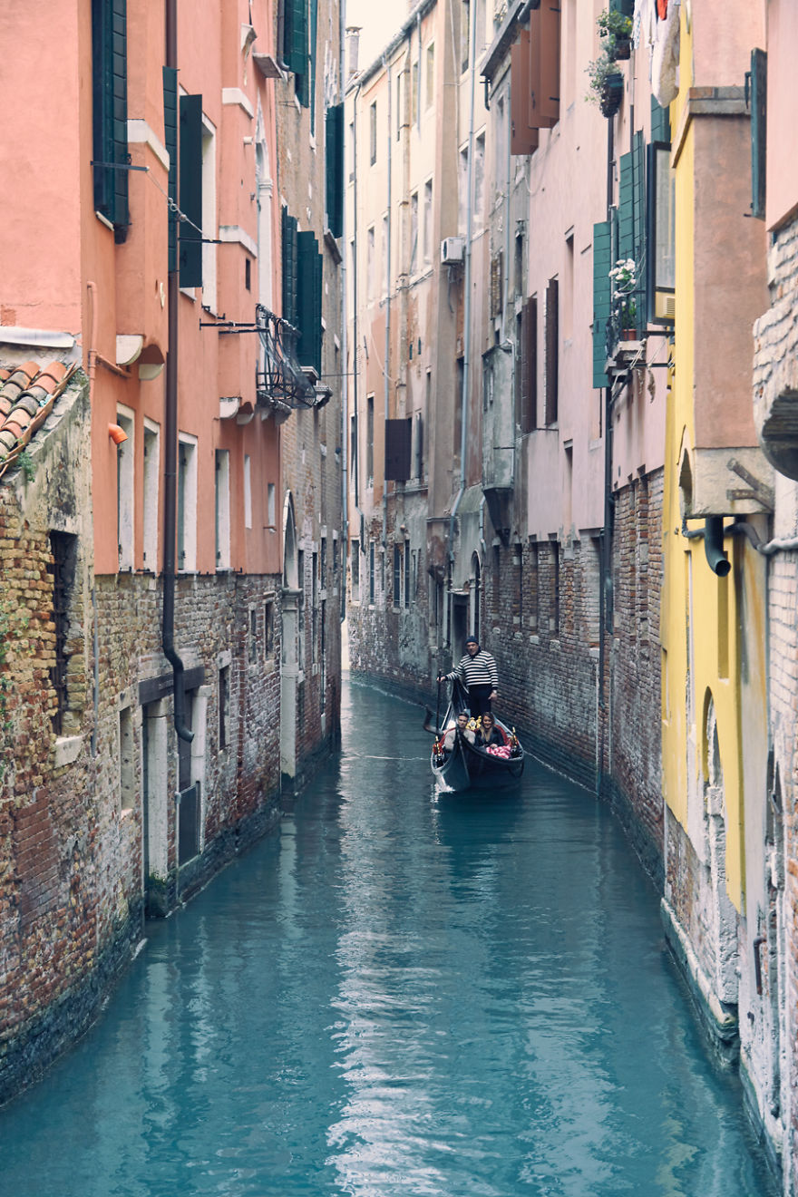 VENICE-THE-ONE-OF-A-KIND20__880