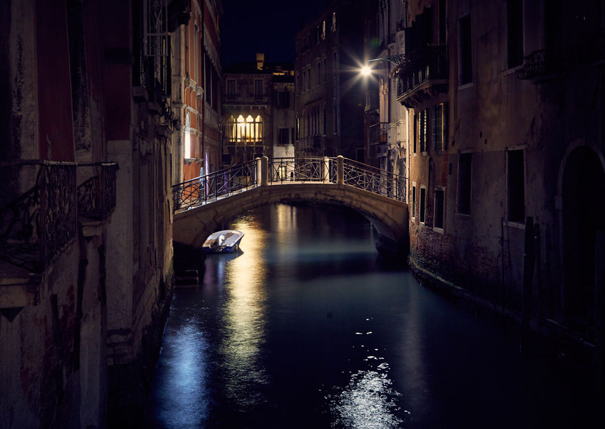 VENICE-THE-ONE-OF-A-KIND8__880