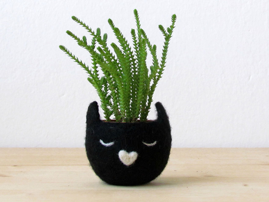 cute-felted-vases-animal-planter-stella-melgrati-21