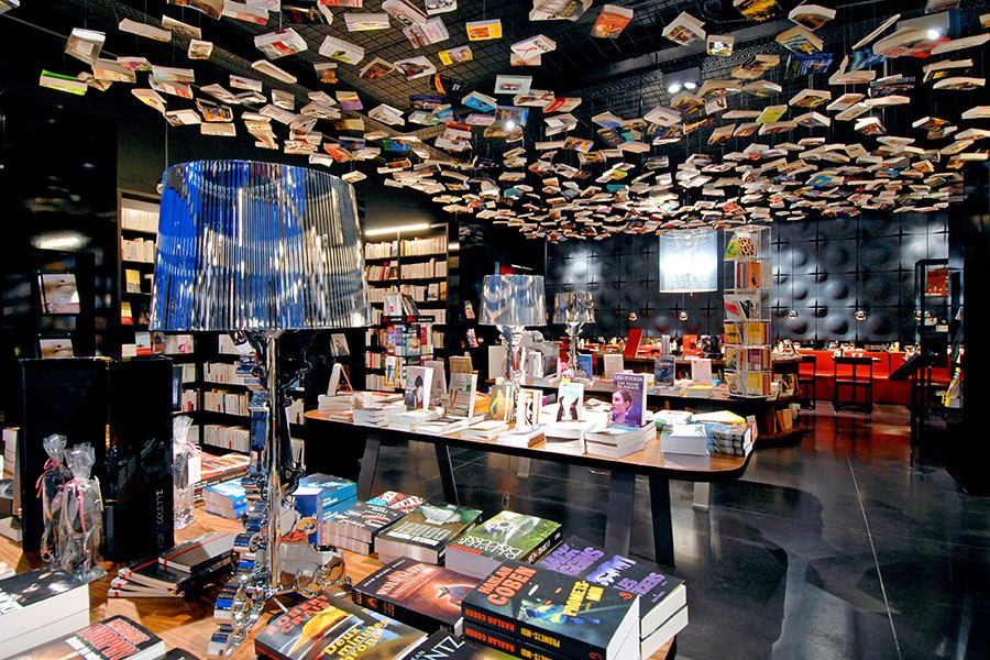 item2.rendition.slideshowHorizontal.most-beautiful-bookstores-around-the-world-03