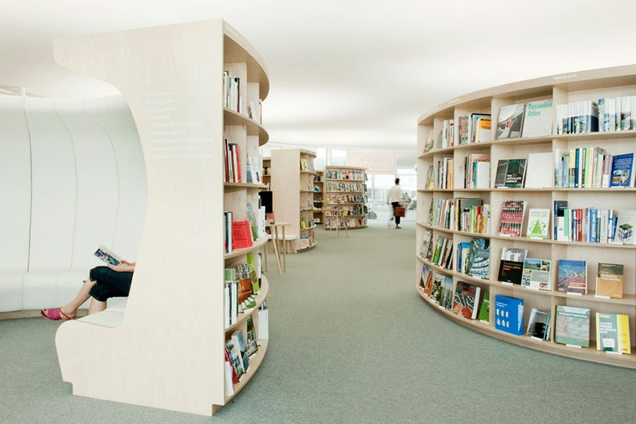 item8.rendition.slideshowHorizontal.most-beautiful-bookstores-around-the-world-08