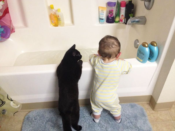 kids-with-cats-9__605