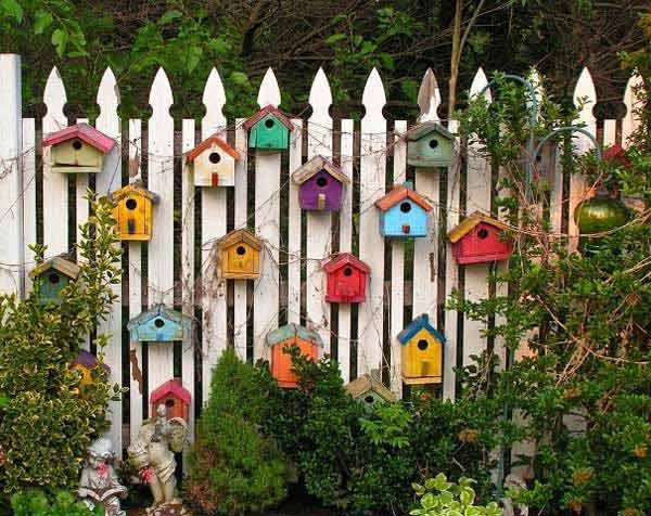 21-Mesmerizing-DIY-Projects-That-Will-Beautify-Your-Garden-This-Summer-usefuldiyprojects.com-backyard-18