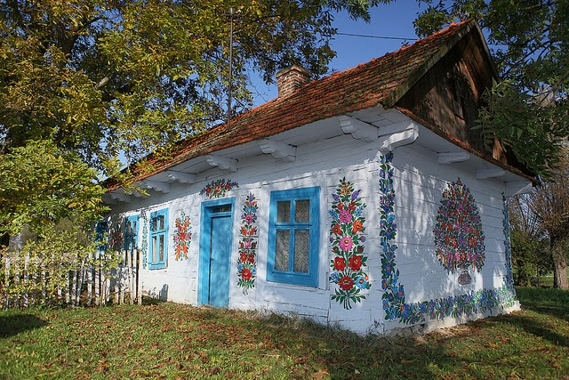 zalipie poland painted village flowers 1