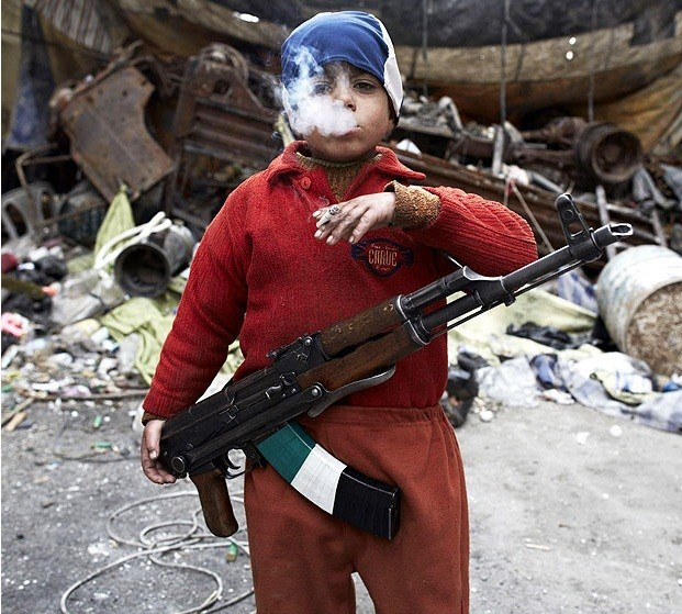 7-Year-Old-Syrian-Rebel-e1436523468693