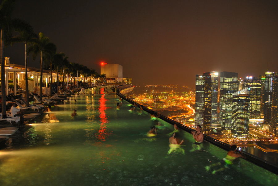 infinity-pool-marina-bay-sand-singapore-3