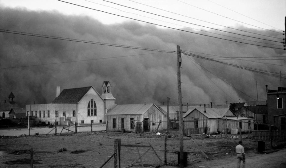 A dust storm blows through Clayton, NM, May 29, 1937, a relatively common occurrence in the Dust Bowl town.  (AP Photo)