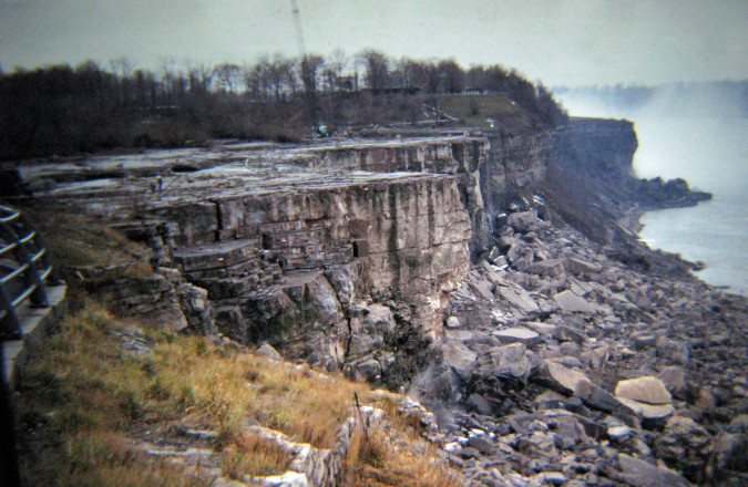 Niagara-Falls-Dried-Up-2-RussGlasson-675x440