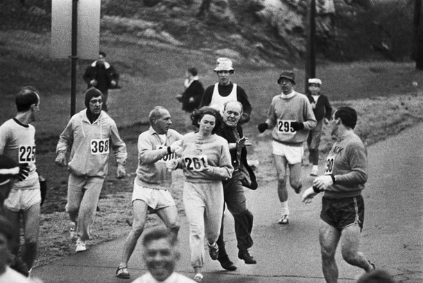 Kathrine Switzer becomes the first woman to run the Boston Marathon, despite attempts by the marathon organizer to stop her. [1967