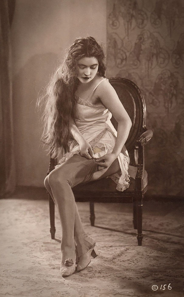 vintage-women-beauty-1900-1910-85__605