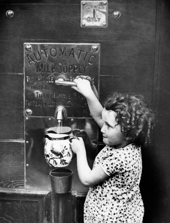 vintage-vending-machines-28