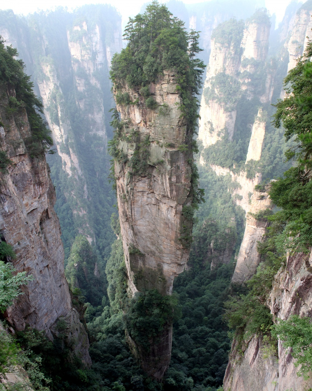 Tianzi Mountain (China) — inspiration for the landscapes of Pandora in Avatar