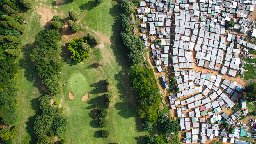 unequal-scenes-drone-photography-inequality-south-africa-johnny-miller-10