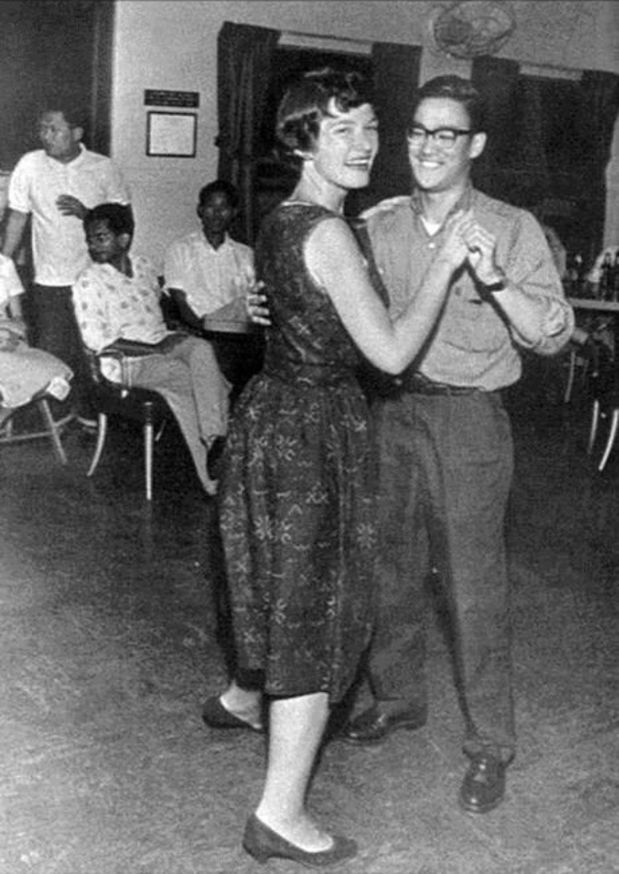 Bruce Lee on a dance floor.