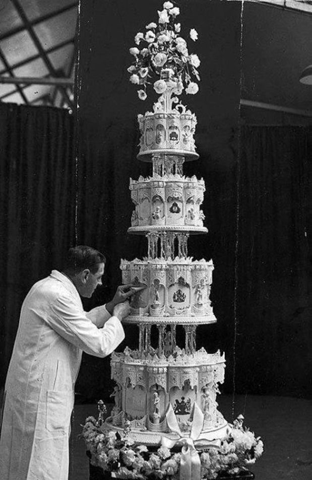 Queen Elizabeth II's wedding cake 1947