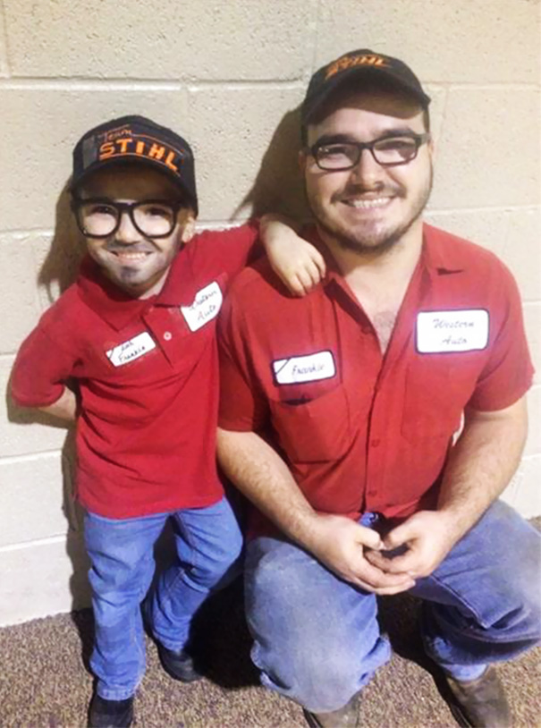 father-daughter-halloween-costume-ideas-1-5805f1df41a71__605