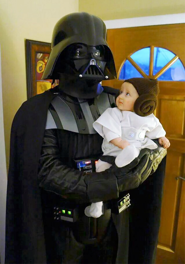 father-daughter-halloween-costumes-ideas-12-5805dd67ba775__605