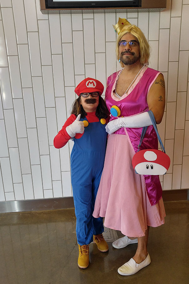 father-daughter-halloween-costumes-ideas-17-5805dd73c11bc__605