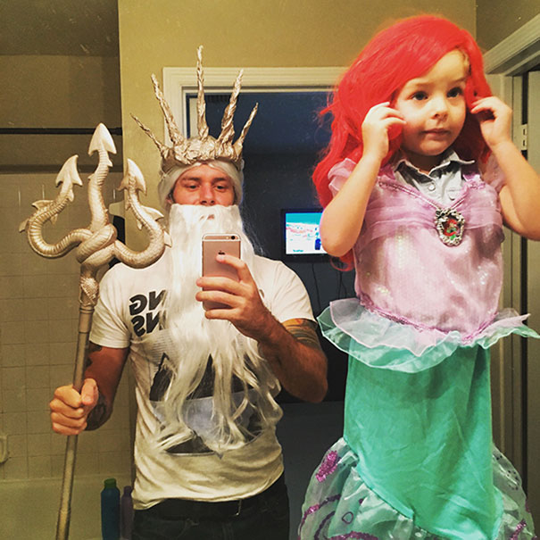 father-daughter-halloween-costumes-ideas-8-5805dd5ed8f6d__605