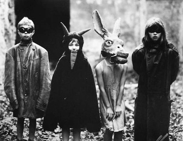 scary-vintage-halloween-creepy-costumes-13-57f6494cb1b8b__605