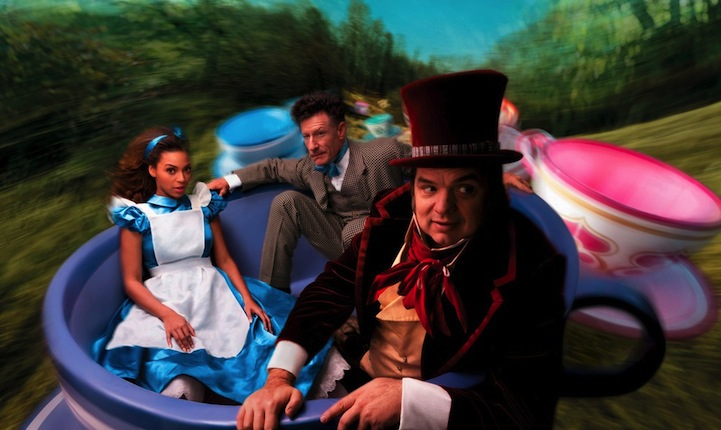 beyonce-oliver-platt-and-lyle-lovett-as-alice-in-wonderland