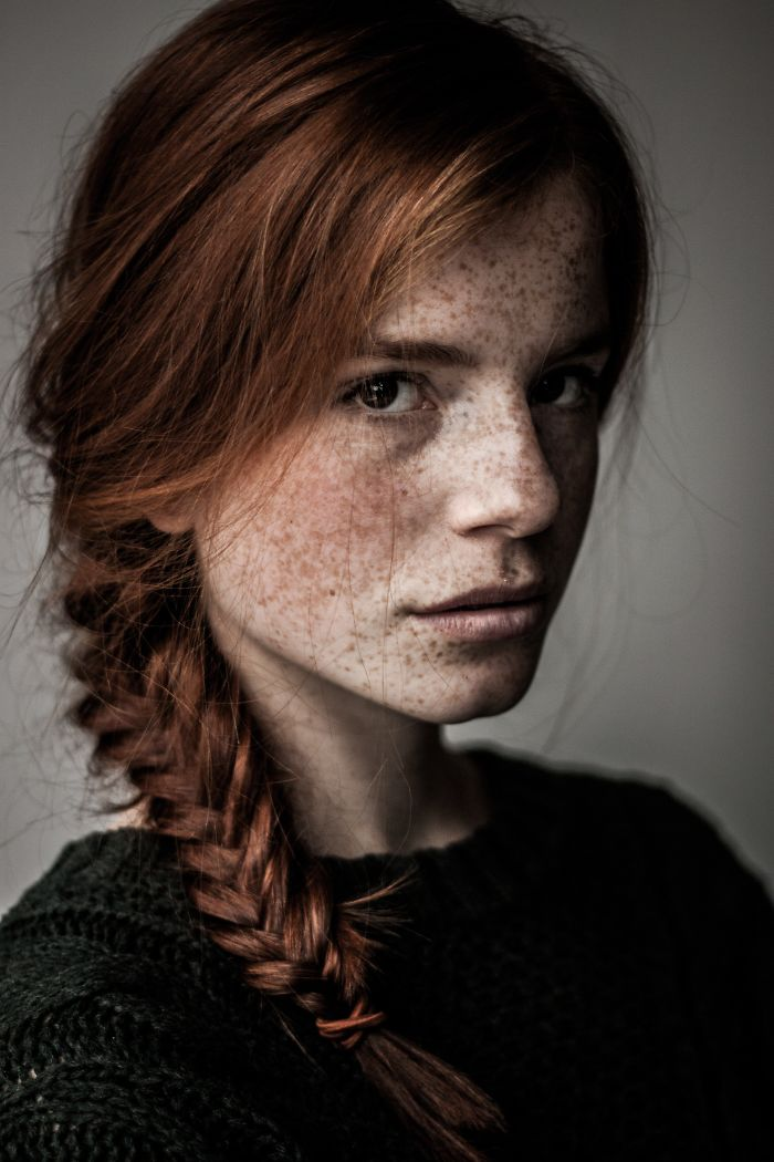freckles-redheads-beautiful-portrait-photography-1-583565b6ec2c3__700