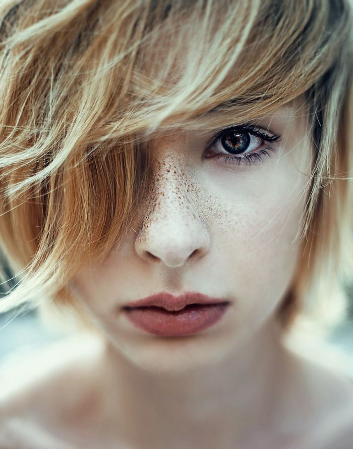 freckles-redheads-beautiful-portrait-photography-41-5835663779ded__700