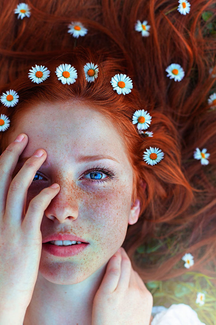 freckles-redheads-beautiful-portrait-photography-80-5835944a8de1a__700