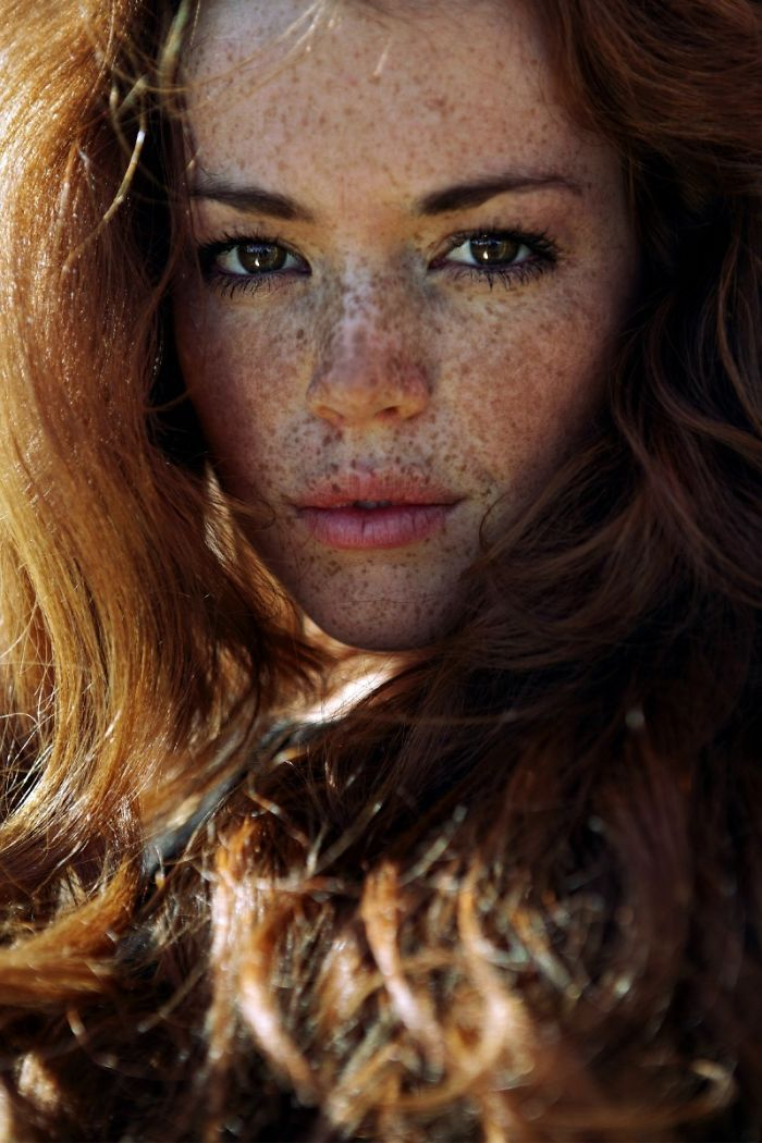 freckles-redheads-beautiful-portrait-photography-83-5836abe1565b6__700