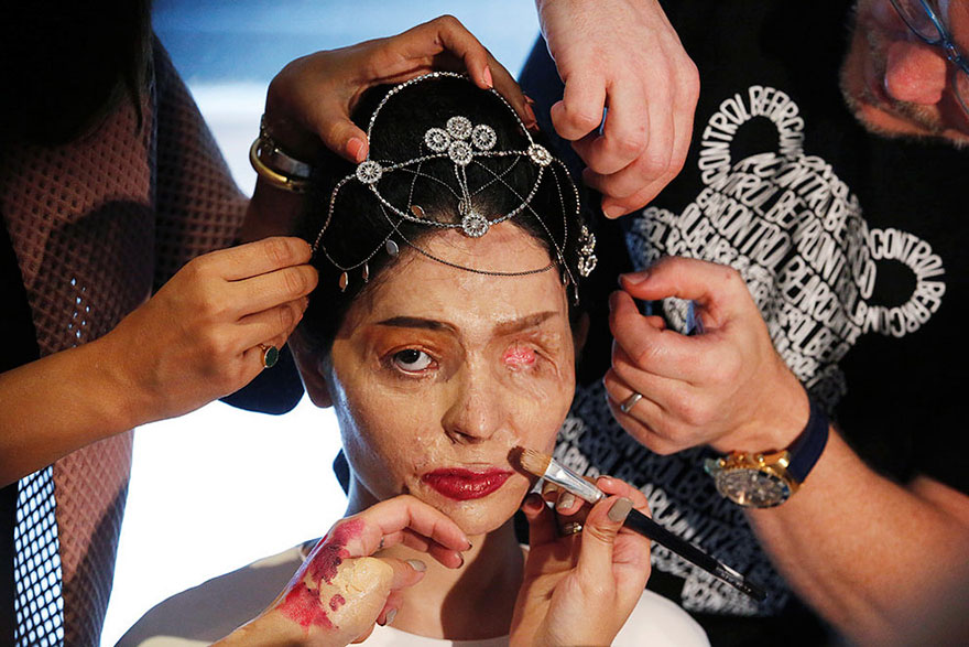 indian-model-and-acid-attack-survivor-reshma-quereshi-sept-8-new-york-fashion-week