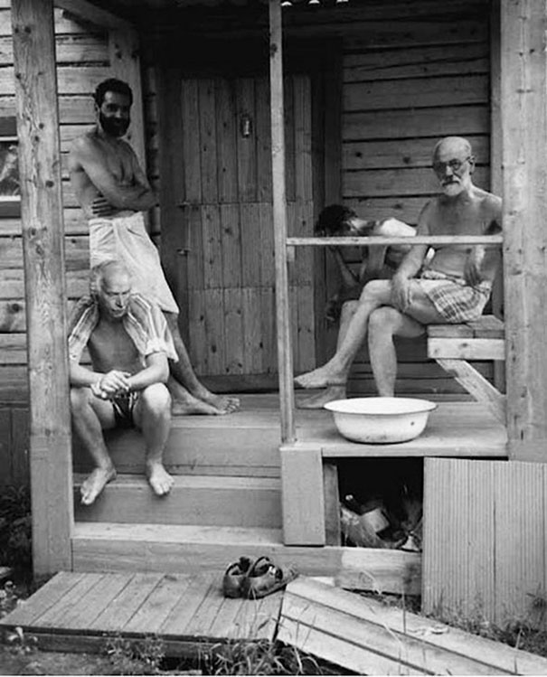 sigmund-freud-and-carl-jung-after-sauna-1907