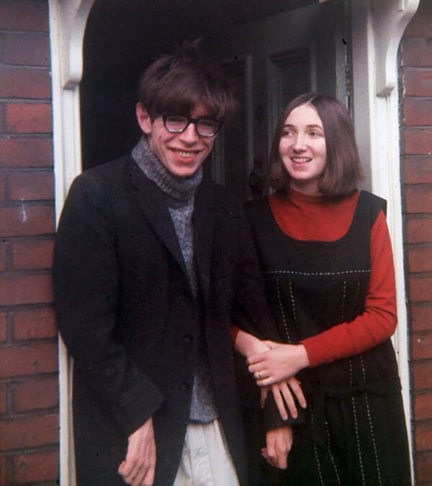 young-stephen-hawking-with-his-first-wife-jane-1965